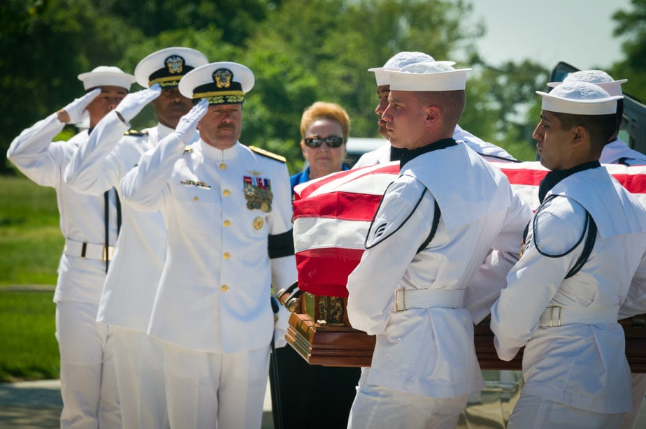US Navy | Dependent Arlington Service | Arlington media, inc.