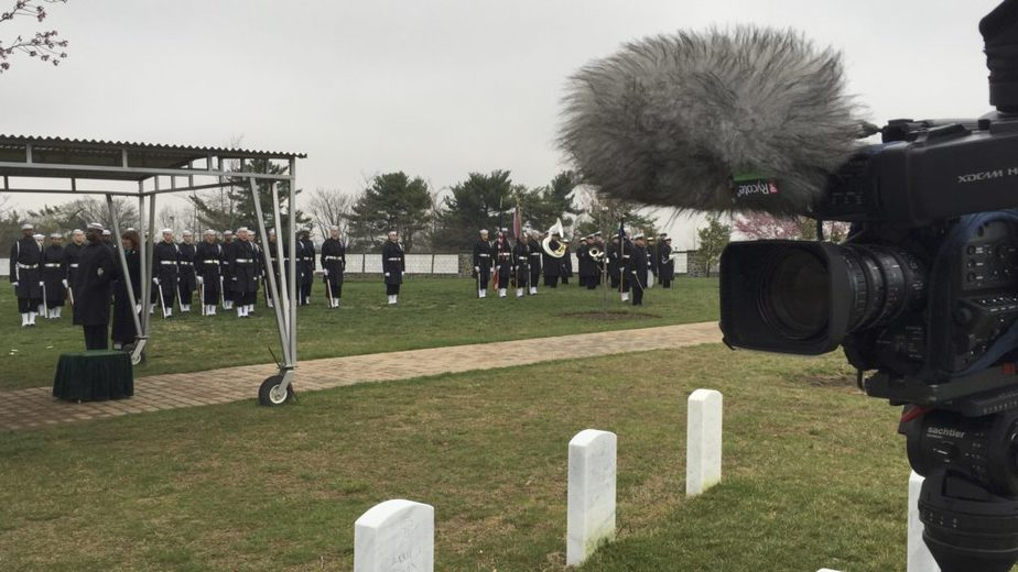 Covering a service in Arlington National Cemetery Section 71 with the US Navy | Arlington Media, Inc.