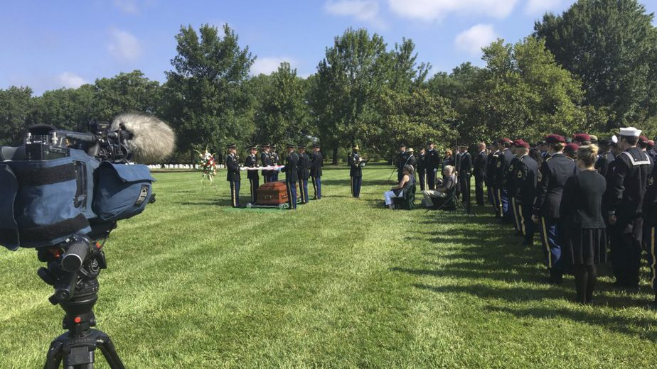 Covering an active duty service in Arlington National Cemetery Section 60 with the US Army | Arlington Funeral Videography | Arlington Media, Inc.