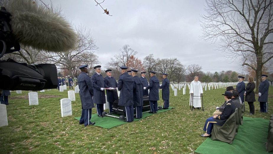 Covering a service in Section 12A with the US Air Force | Arlington Media National Cemetery Funeral | Arlington Media, Inc.
