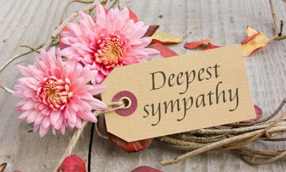 Read more about the article Proper Etiquette for Sending Funeral and Sympathy Flowers